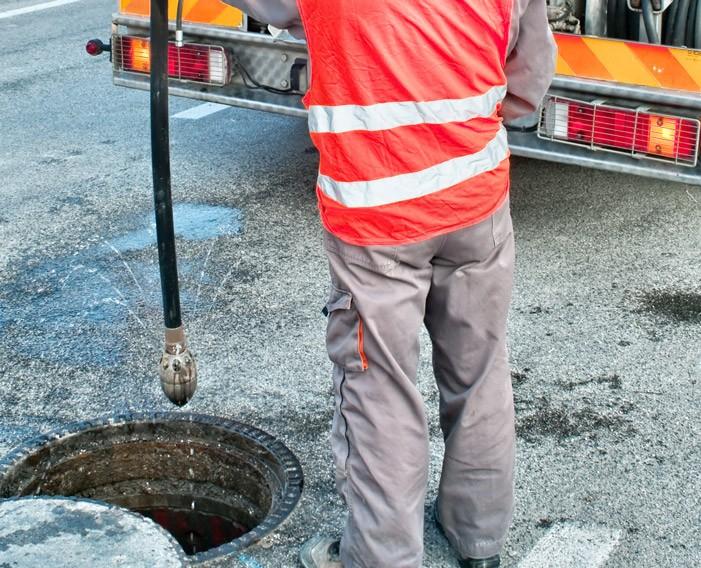 débouchage de canalisations dans le secteur de Dry